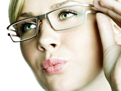 Glasses-Woman-3_slide_show